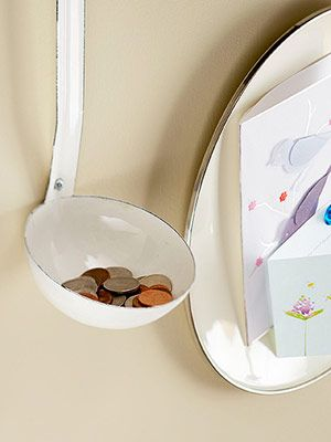 Ladle to hold loose change